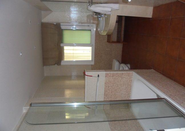 0014 Pasillo Habitaciones Baño 2JPG
